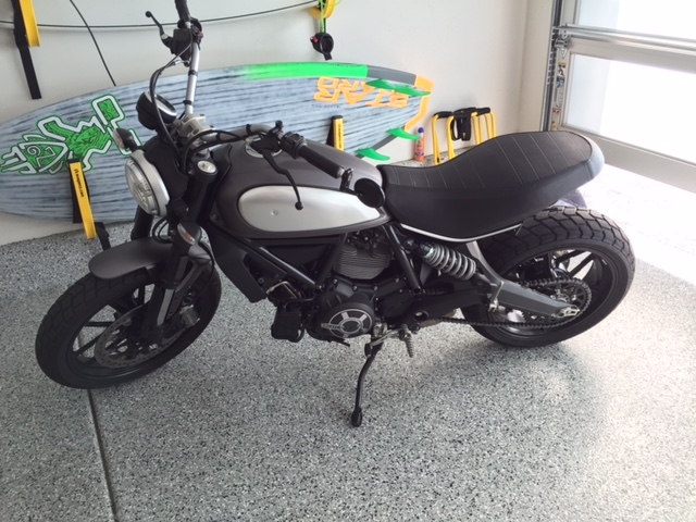 Ducti Scrambler Icon Red In Los Angeles For Sale