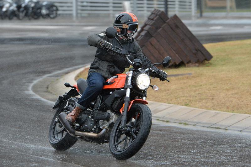 Ducati Scrambler Sixty2 Ride Review Ducati Scrambler Forum